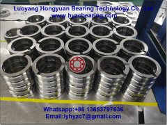 <font color='#0033CC'>What are the effects of lubrication on rolling bearings?</font>